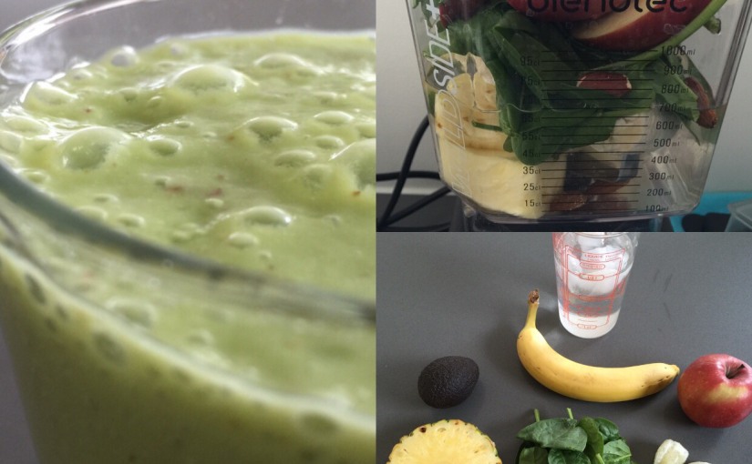 Ananas-avocado smoothie med lime